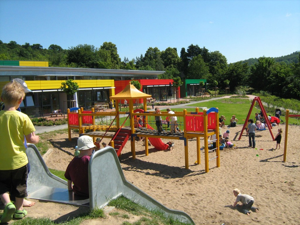 Spielplatz vom KITA Farbenwürfel
